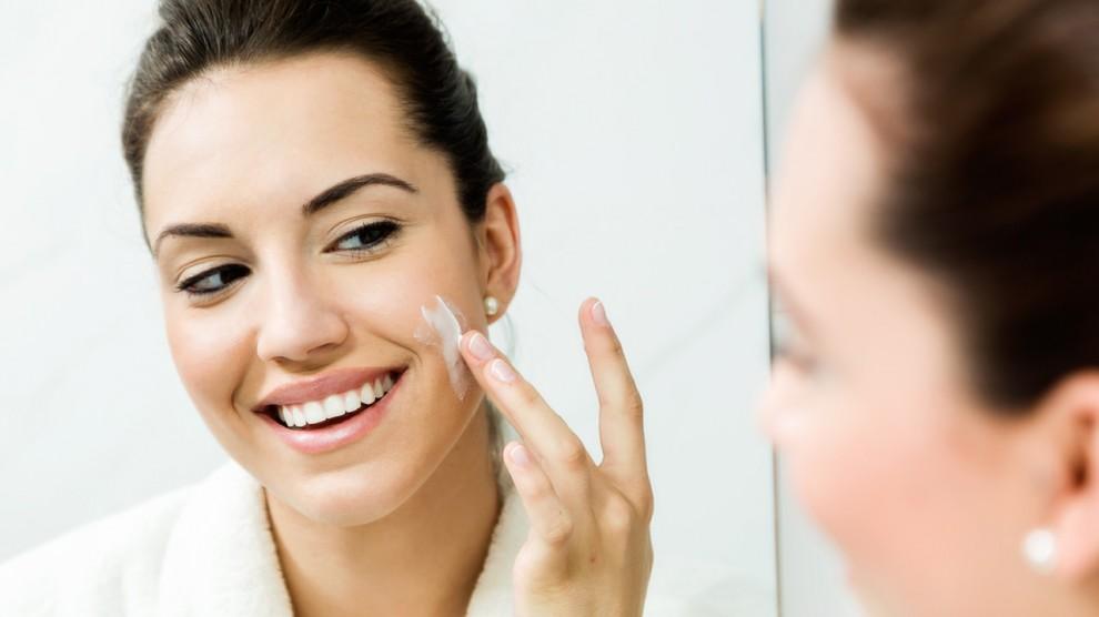 Cómo evitar dañar tu piel al sol